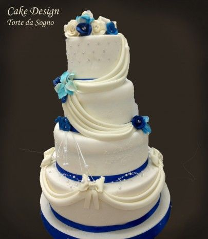 Cake Design Napoli : 71 best images about disney wedding cakes on Pinterest ...