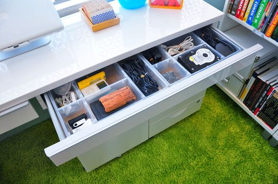 Getting a Perfect Fit for a Drawer Insert: Draw the outline of it on a piece of newspaper and take it with you to the store.: Drawers Insert, Old Newspaper, Organizations Drawers, Apartment Therapy, Desks Drawers, Cubbies, Home Offices, Drawers Organizations, Organizations Desks