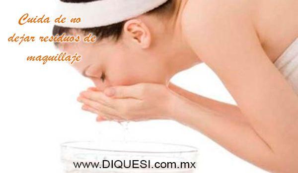 Tips: Las mujeres debemos cuidar de no dejar ningún residuo de maquillaje. Una de cada cuatro mujeres reconoce haber sufrido algún problema en los ojos (conjuntivitis, escozor, irritaciones, etc.) a causa del maquillaje.  www.diquesi.com.mx