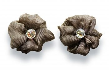 Beautiful flowers made of lurex hemmed by hand displaying a glistening cristal Swarovski crystal.  http://mysfashion.com