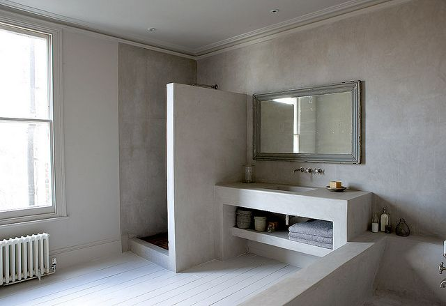 concrete Bathroom - I hate concrete, but it seems to work in a bathroom