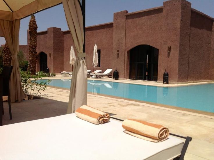 3 Bedroom Villa in Marrakech to rent from £1314 pw, with a private pool. Also with balcony/terrace, air con and DVD.
