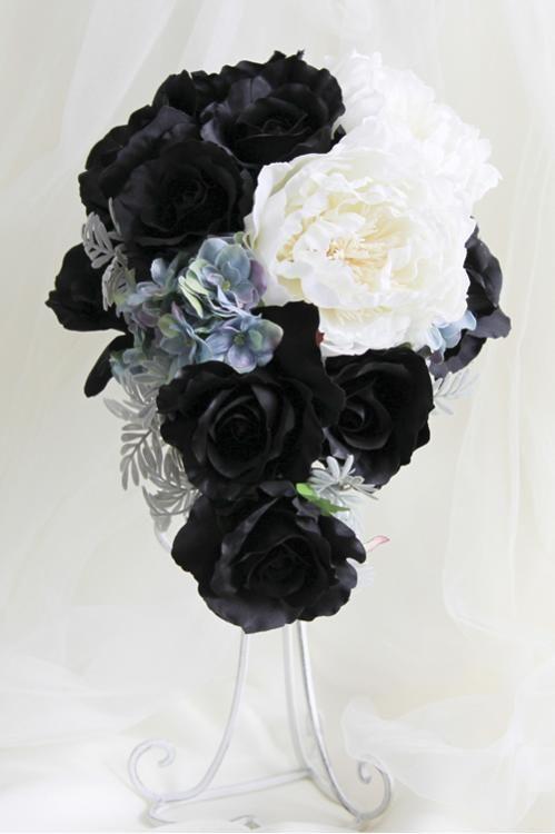 ブラック&ホワイトのモノトーンクールブーケ/造花ウェディングブーケの通販【flannerica.】