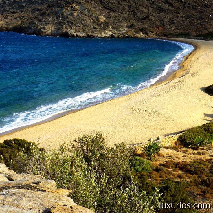 Kalamos beach in IOS Island