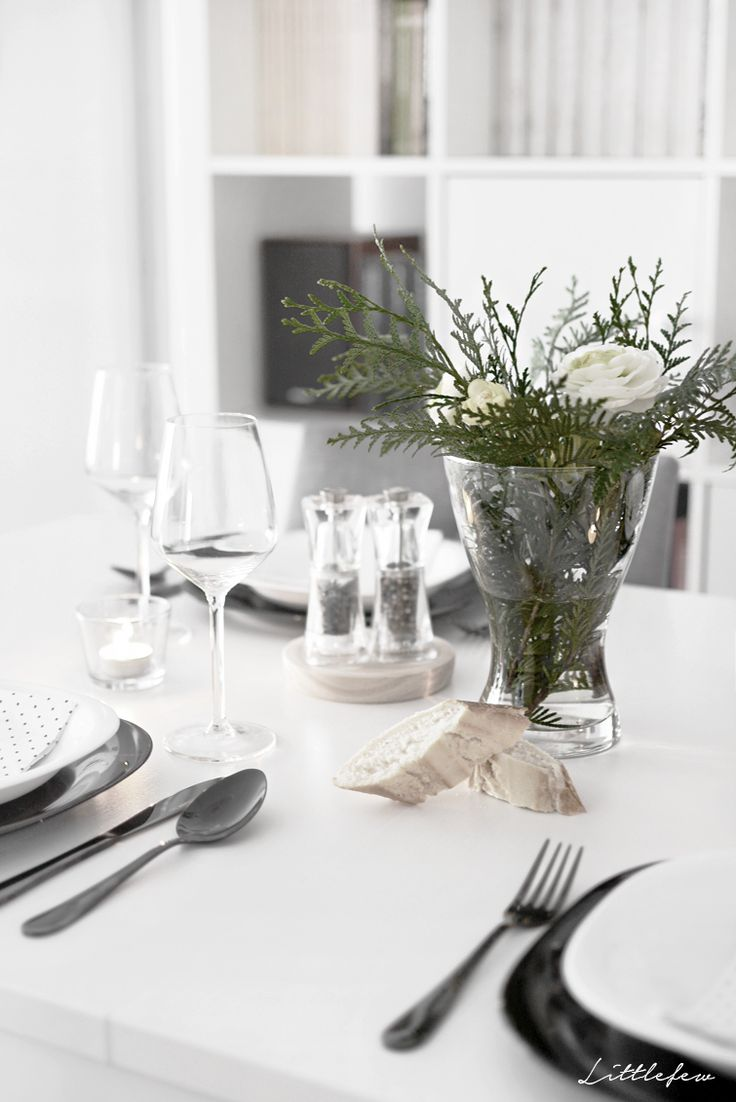 littlefew blog black star table setting my home home decor - My Home Blog