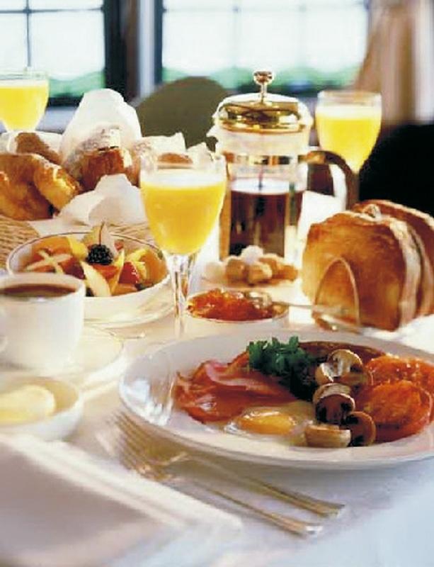 Love hotel breakfasts
