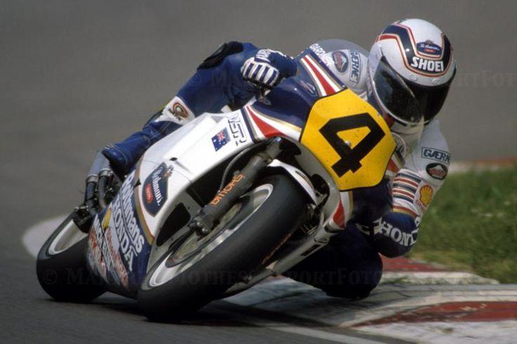 Wayne Gardrner. Rothmans Honda NSR. 1986.
