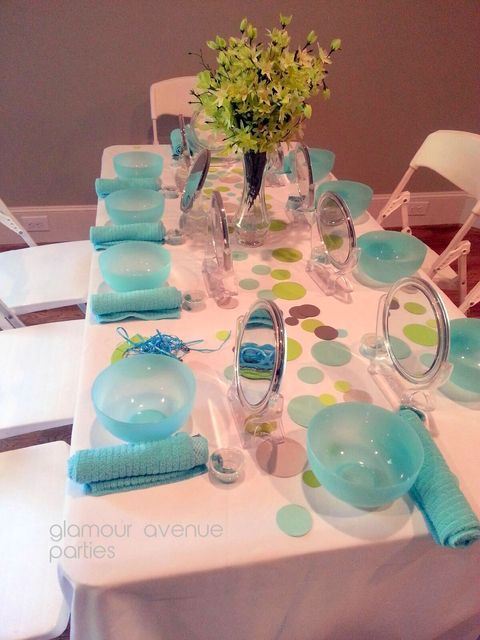 some cute ideas for Spa parties for girls!