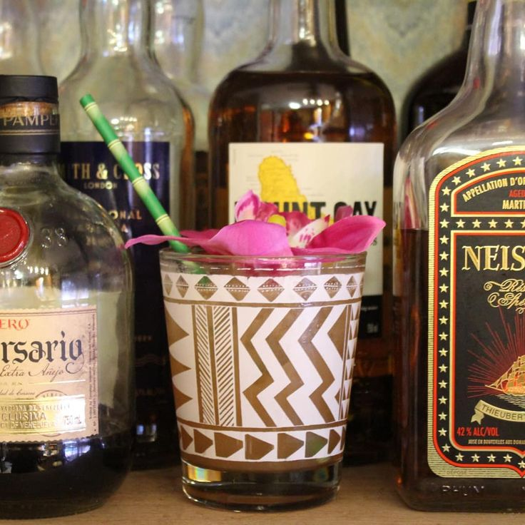 Tiki Tuesday: Donn Day Afternoon from the Smuggler's Cove book. I squeezed a lit bit of kaffir lime juice in for variety and I kind of like it.  1/2 oz lime juice 1/2 oz cinnamon syrup 2 oz Rhum agricole blanc (I used the Neisson Reserve Speciale on the right there) 4 oz Stiegl radler grapefruit beer Pour into a double old-fashioned glass with cubed or cracked ice and stir.  #homebartender #bartender #mixologist #mixology #tiki #tikituesday #rum #rhum #neisson #donndayafternoon…