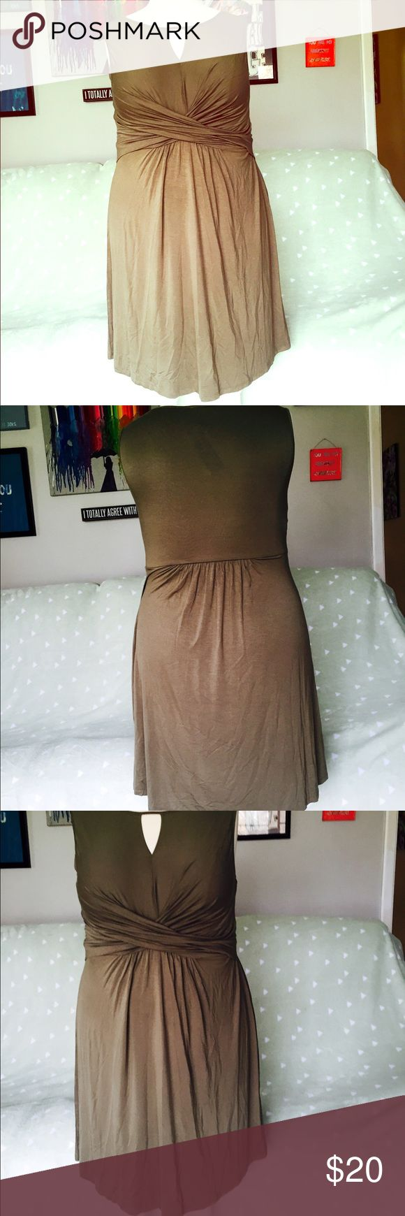 Spenser Jeremy Olive Dress Dark green stretchy dress with a gorgeous fit. Pleated back. NWT. Runs big, marking as 1x. Spenser Jeremy Dresses Midi
