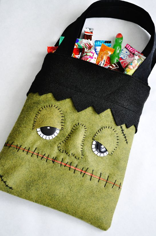 diy monster trick or treat bag halloween sewing projectshalloween - Diy Halloween Crafts