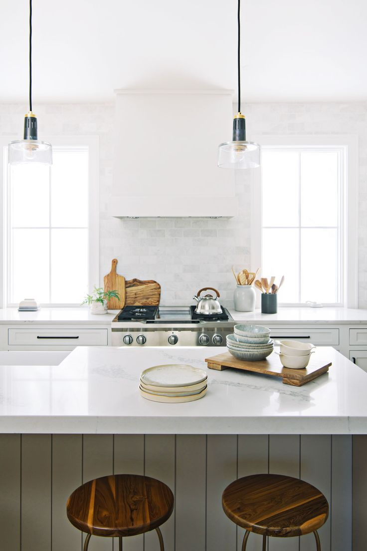 Before And After Timberline Project Reveal Interior Designer Des Moines Jillian Lare In 2020 Kitchen Remodel Cost Of Kitchen Cabinets Full Kitchen Remodel