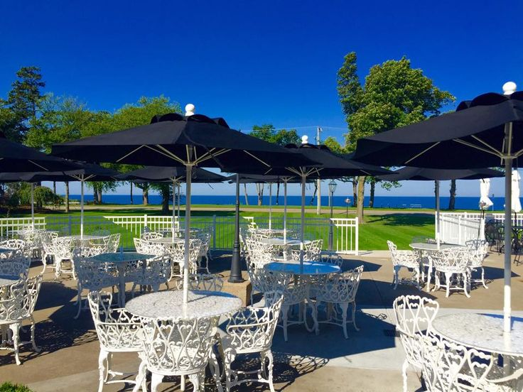 LakeHouse, St. Joseph | Driving time: 2 hours, 59 minutes   With live music Thursday-Sunday, this is one lakeside spot that knows how to have a good time. And since it's on the shores of Lake Michigan, you can count on jaw-dropping views of the sunset.  Photo: Facebook, LakeHouse Restaurant & Bar