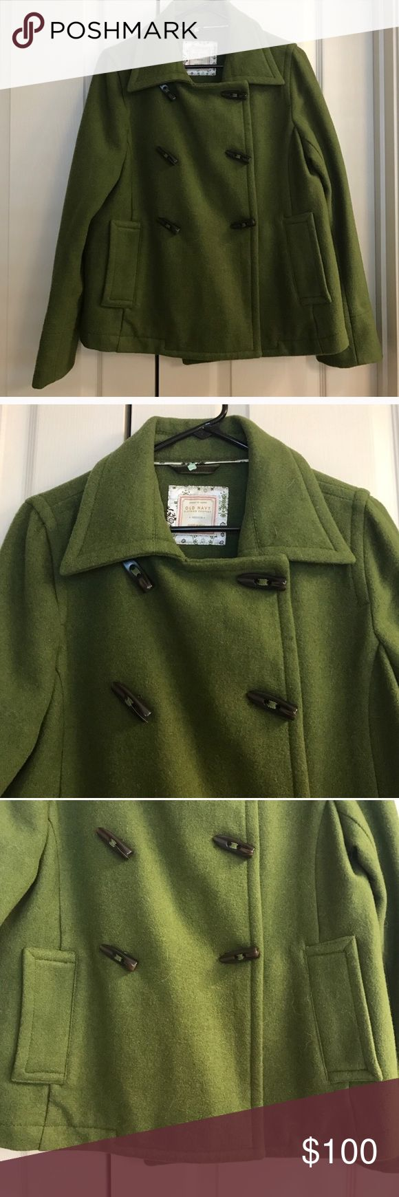 Size Medium green Old Navy peacoat Size Medium green Old Navy peacoat Old Navy Jackets & Coats Pea Coats