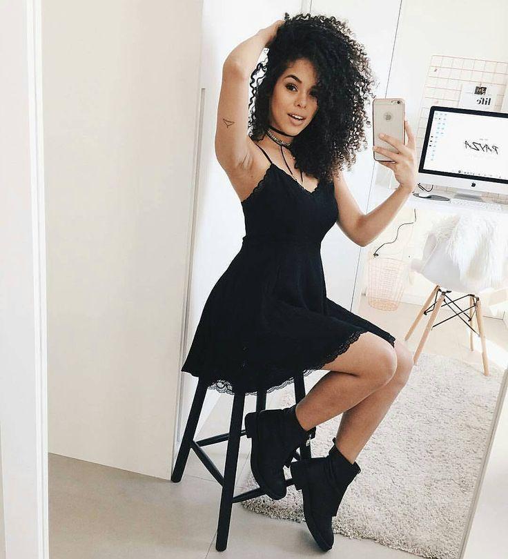 Look lindo da lindíssima da @rayzanicacio  #lookdodia #arrasounolook #lookdivo #lovelook #lookdamoda #roupas #delicado #lookup #fashion #lookdiferente #look #lookarraso #looklindo #lookmara #fashiondiaries #fashionlook #boatardee #tumblr #tumblrgirl #tumblrpost #cabelo #cabelosdivos #deagora #mylook #grife #inspire #botas #estilo #moda