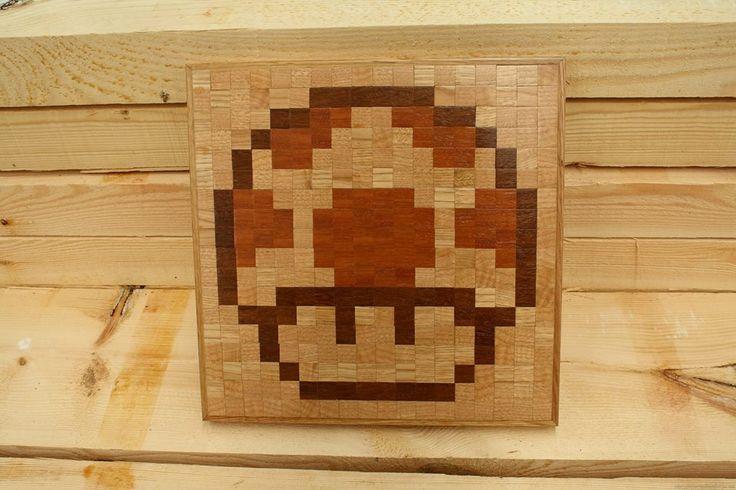 Mosaico de champiñón super Mario - PixeLado  Fabricado con tacos de castaño, sucupira y elondo. Medidas 35x35x2.5cm    75 eu + envío