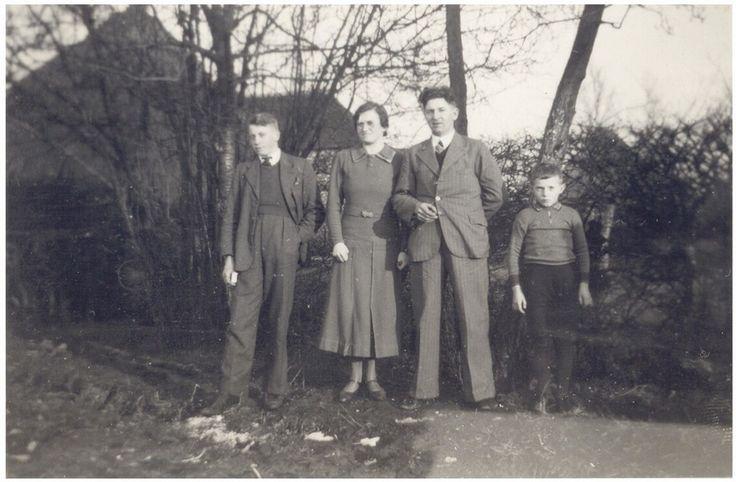 Soerendonk. Onderwijzeres. ( Uit collectie mevr. Rief ) 1938