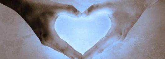 Nenechajte prejsť ani jeden deň bez hľadania dobra, bez vnímania dobrých pocitov vo svojom vnútri, bez pochvaly, bez ocenenia, bez požehnávania a bez pocitu vďačnosti. Keď z toho urobíme svoj životný záväzok, v úžase budete hľadieť, čo sa stane vo vašom živote.