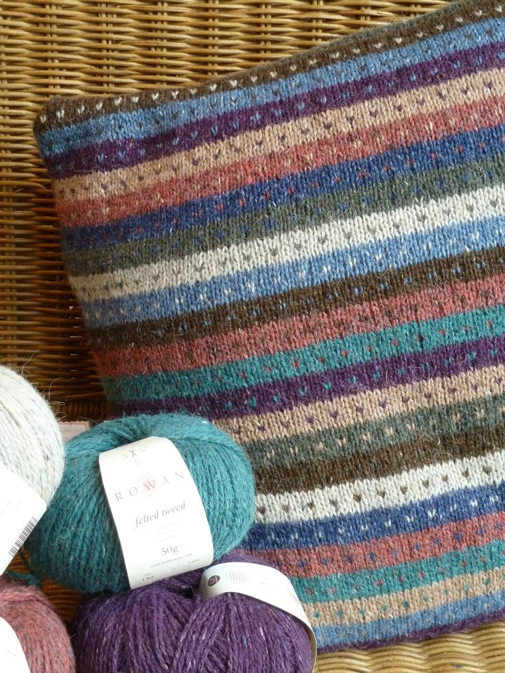 ~ Living a Beautiful Life ~ Rowan Felted Tweed works in Fair Isle works so well.