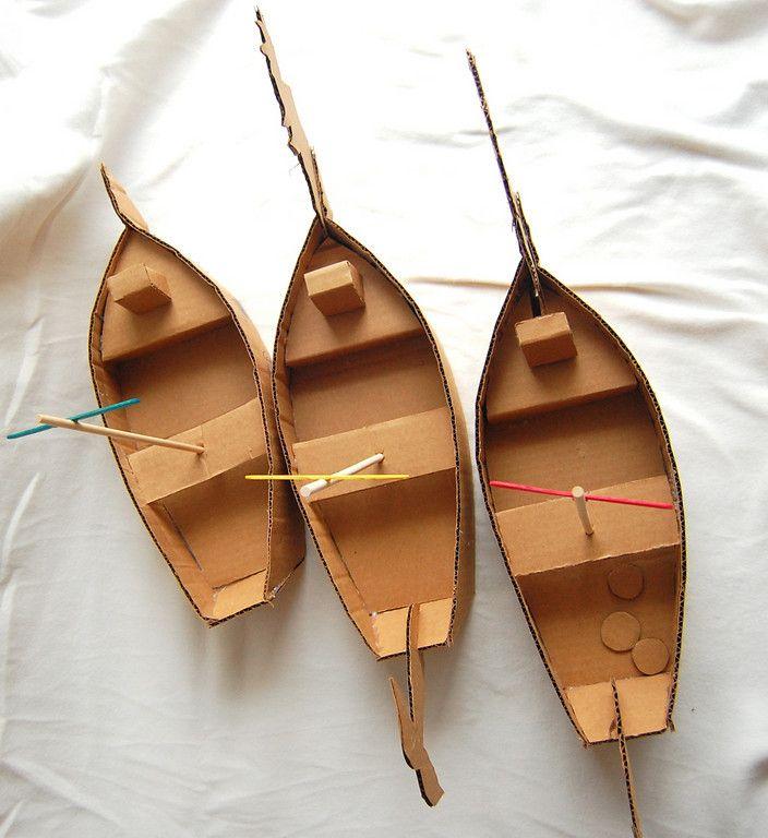 Knutselen: Maak een bootje van karton en laat de kinderen zelf schilderen. Inclusief foto's en tekeningen