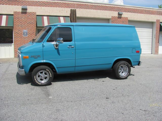 Chevy Van G10 Shorty California Van for sale: photos, technical