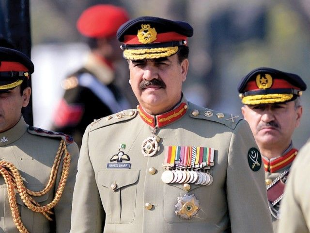 Pakistan Army chief leaves for South Waziristan