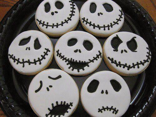Lecker-gruseliges Essen gehört zu Halloween einfach dazu. (halloween sweets recipes)