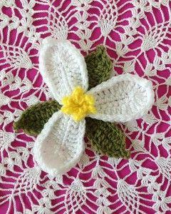 Trillium Flower – Free Crochet Pattern