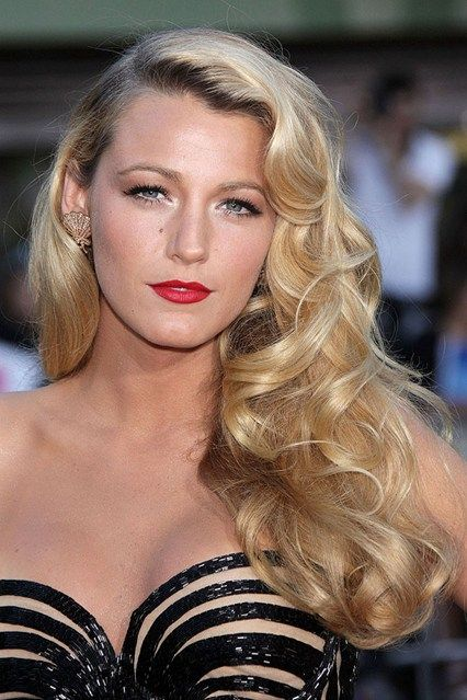 Blake Lively's Hollywood curls