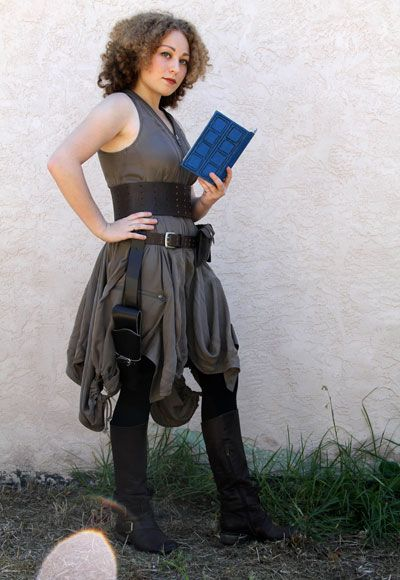River Song halloween costume. awesomeee