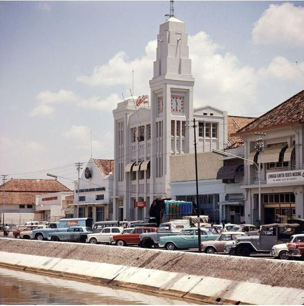 gedung Antara, pasar baru th 1960 an