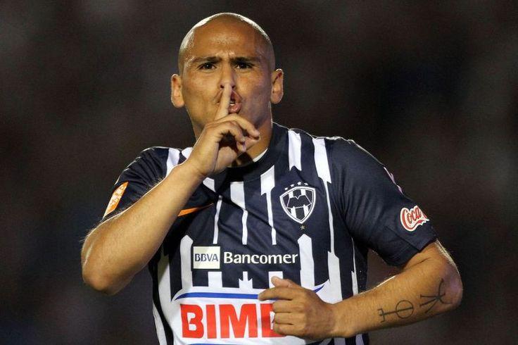 Humberto Sauzo callo a los aficionados  - http://notimundo.com.mx/deportes/humberto-sauzo-callo-a-los-aficionados/20478