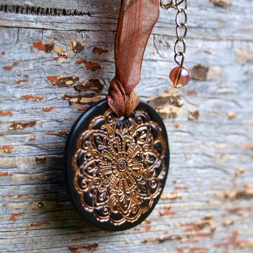 Náhrdelník - bronzovohnědý