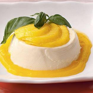 Mango puree, Panna cotta and Mango on Pinterest
