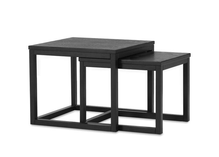 Astrid är ett lättplacerat satsbord i två delar. Använd det till soffbord och låt det växa när ni behöver ha plats för fler, eller placera dem varför sig. Astrid har ett nätt och tidlöst formspråk och passar in i de flesta hem. Flexibiliteten gör att det kan kombineras ihop med de flesta utav våra soffmodeller.
