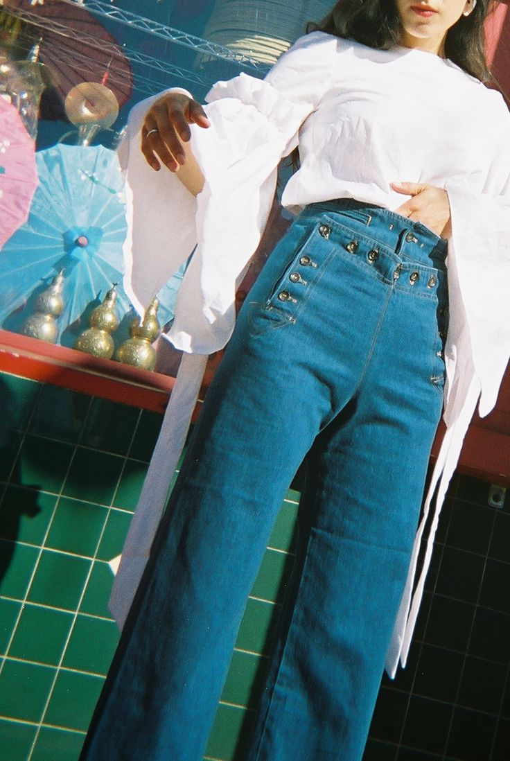 The Creatures of Comfort Starr Pant is a classic high-waist sailor pant with button detail at front. Cut ...