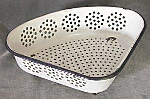 Vintage Enamelware Corner Strainer. Click on the image for more  information.