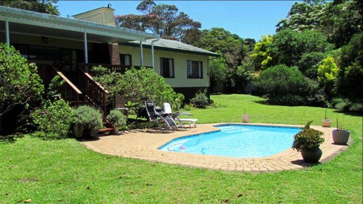 Property For Sale  - 4 Bedroom Family Home in Umtentweni