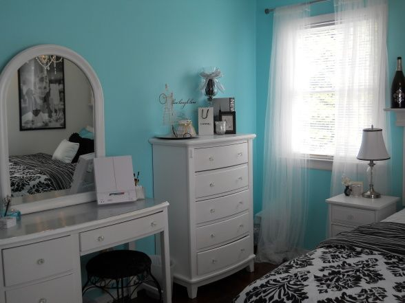 tiffany inspired bedroom on a budget bedroom designs decorating ideas hgtv rate my