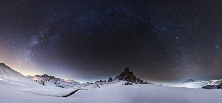 Passo Giau - #MilkyWay over the #Dolomites #Italy #Nightscape