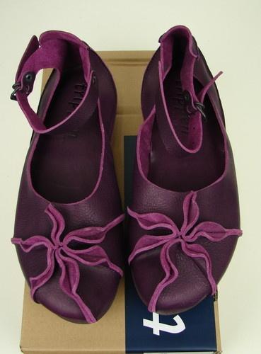 Farb-und Stilberatung mit www.farben-reich.com - Trippen 'Peony' Shoes