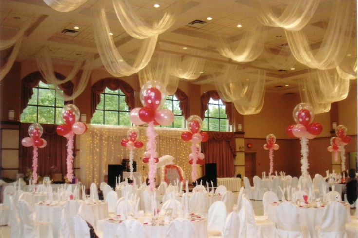 Balloon decorations rustic party interior red pink for Balloon decoration for wedding reception