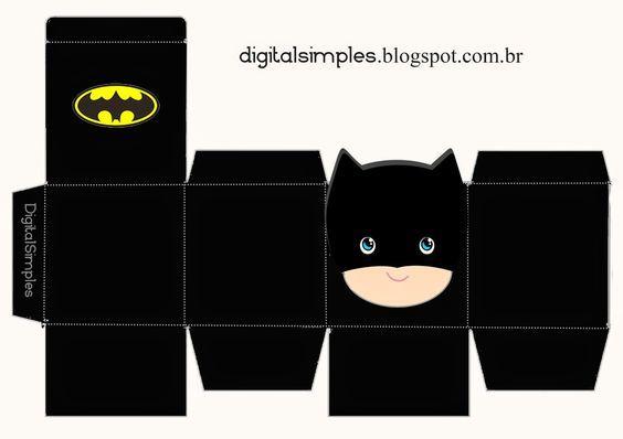 Free Printable Superheroes Cube Boxes.