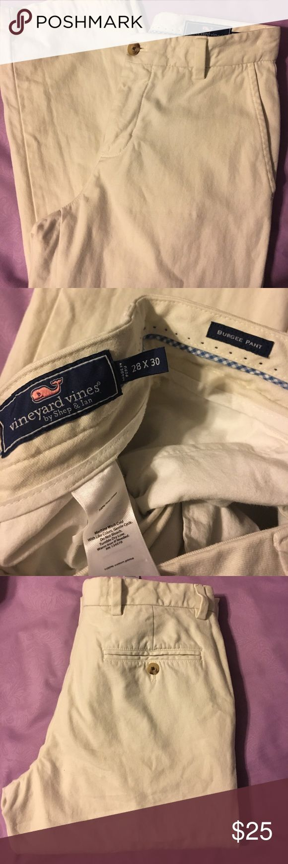SATURDAY SALE ⭐️Vineyard Vine Burgee Pant EUC, No spots, stains or marks! Only wore a few times before my son outgrew them.  Size 28/30 Vineyard Vines Pants Chinos & Khakis