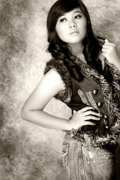 Me, Studio Photo