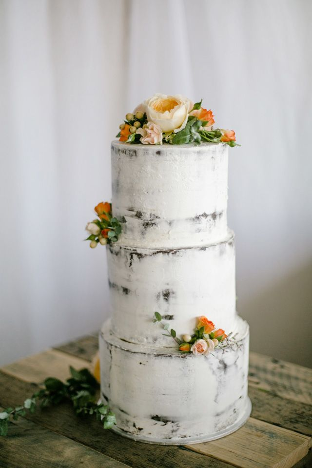 Minimalist rustic wedding cake with orange and peach flowers | With Love & Lace