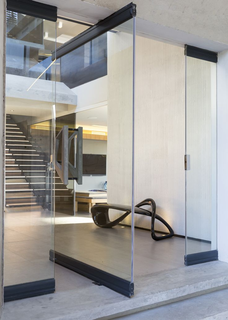 Concrete House | Entrance | Nico van der Meulen Architects #Design #Architecture #Glass #Contemporary