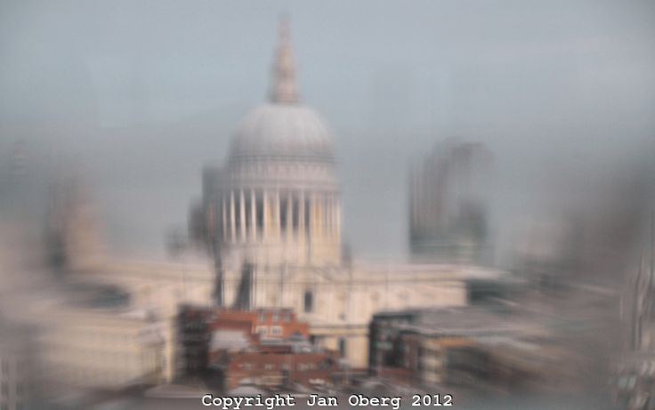 St.Paul's Through A Glass of White Wine 2012