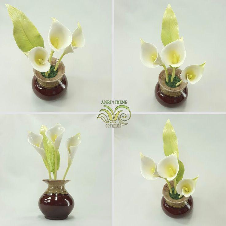 Porcelain flowers, ceramic flowers, ceramic floral, porcelain calla lily Instagram @anri.irene_porcelain.art