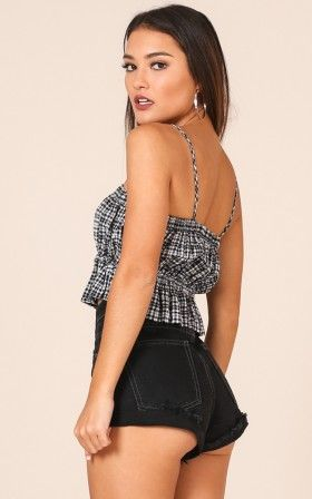 Clover Field Top in Black Check